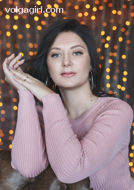 Tatiana  is a 36 year old Russian girl who has registered with mail order bride agency A Volga Girl in the hopes of receiving email correspondence from you.